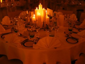 table-setting-dormy-house
